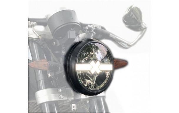 "Phare modèle "" CROSS-X "" CUSTOM à LED"